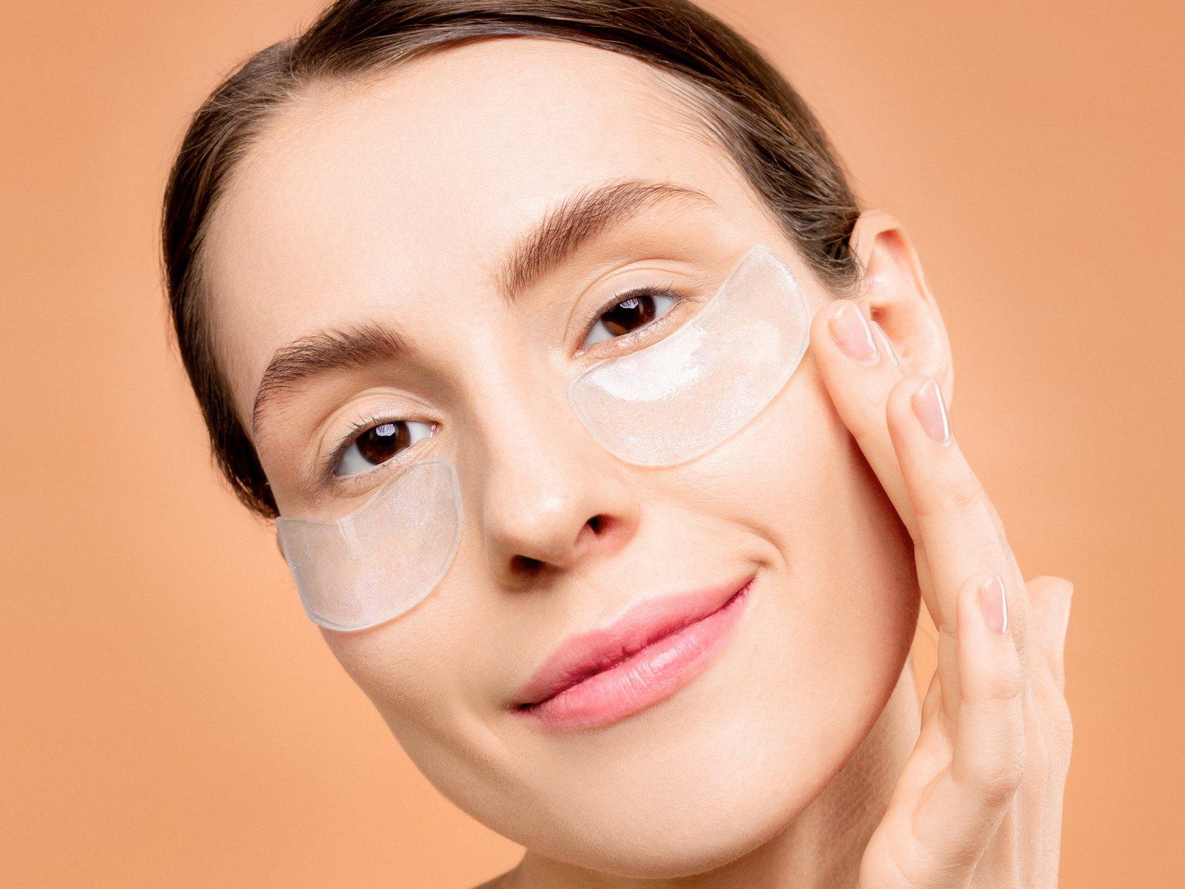 眼膜怎麼敷材好 眼膜使用方法分享